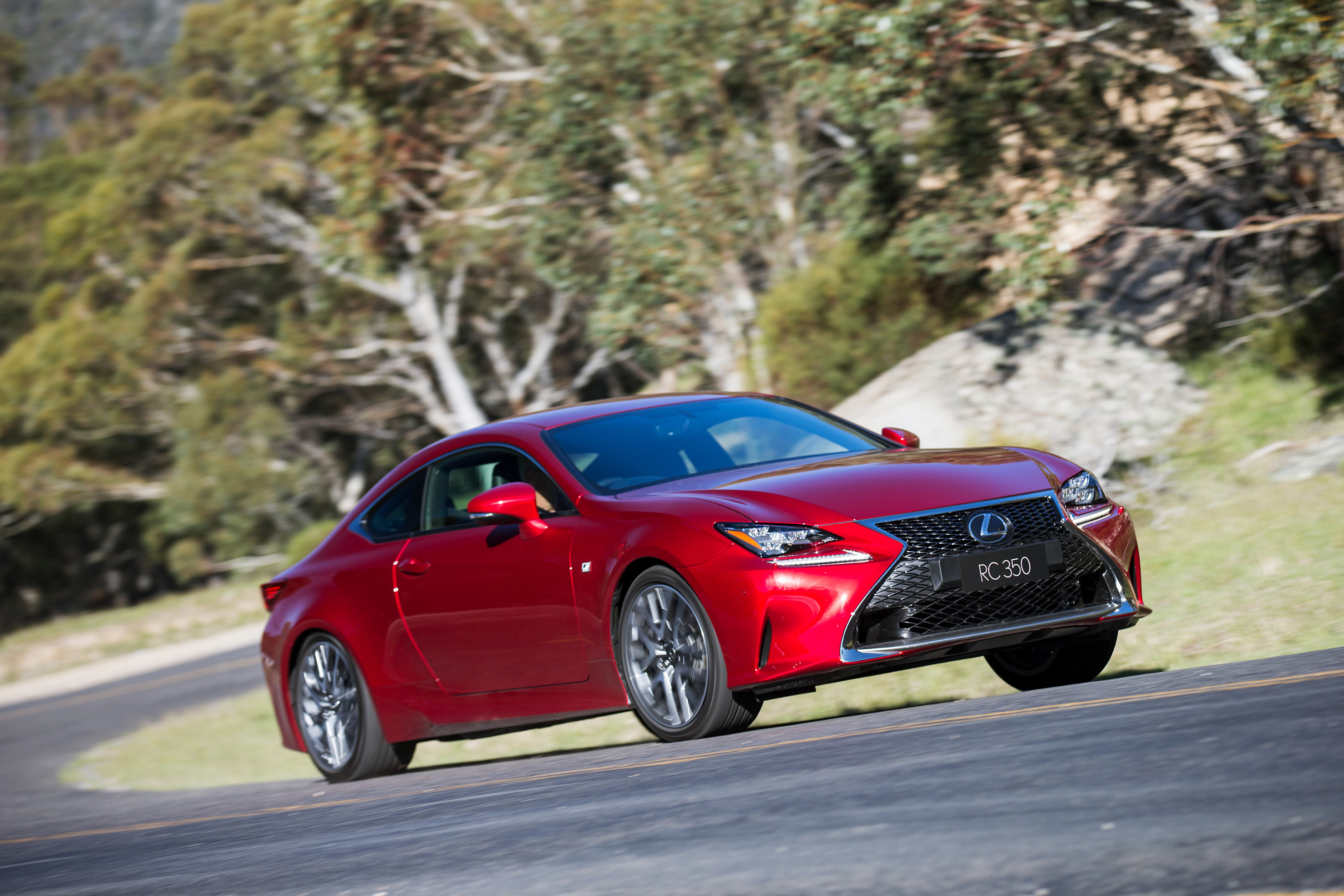review lexus rc 350 review and first drive. Black Bedroom Furniture Sets. Home Design Ideas