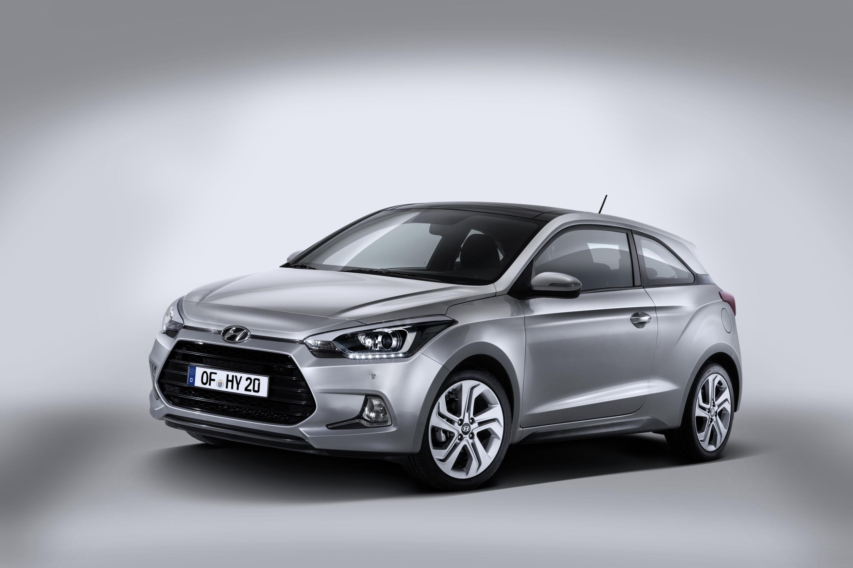 news all new hyundai i20 breaks cover. Black Bedroom Furniture Sets. Home Design Ideas