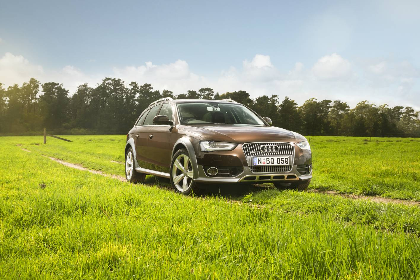 news 2015 audi a4 allroad quattro arrives with more power. Black Bedroom Furniture Sets. Home Design Ideas