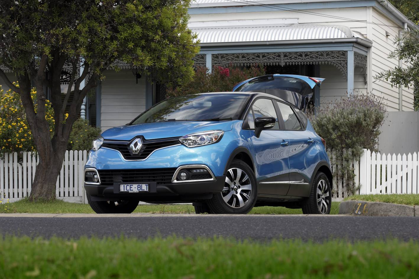 News 0 Finance For Renault Clio And Captur Until October