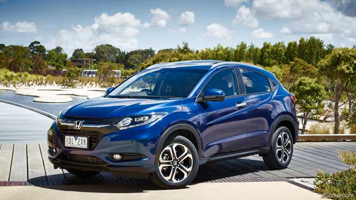 review 2015 honda hr v review and first drive. Black Bedroom Furniture Sets. Home Design Ideas