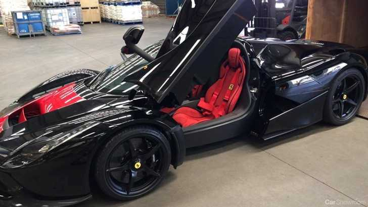 ferrari details on the laferrari are thin on the ground but its believed the laferrari will be making an appearance at the 2015 australian gran prix - Black Ferrari Laferrari