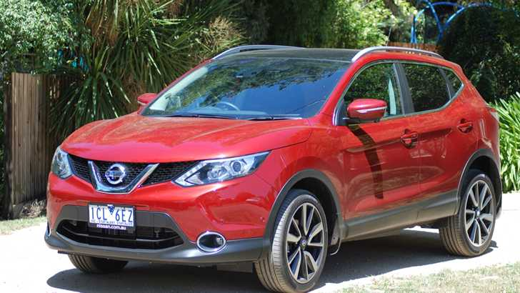Review - 2015 Nissan Qashqai ST Review