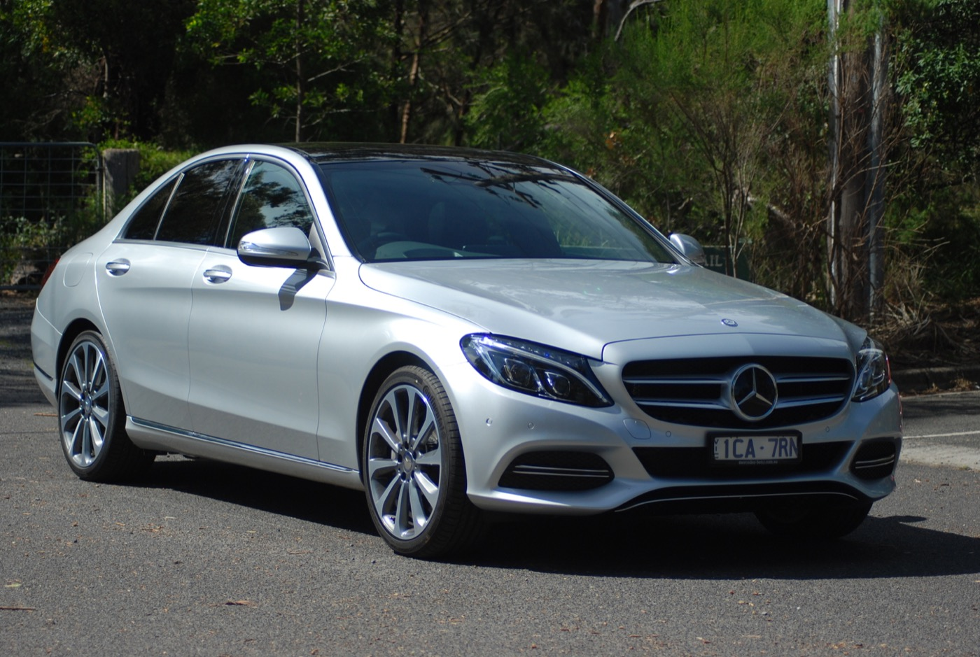 Review Mercedes Benz C 250 Bluetec Review