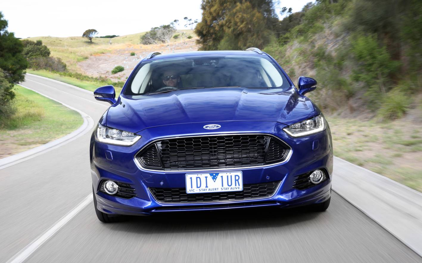 Review - 2015 Ford Mondeo Review and First Drive