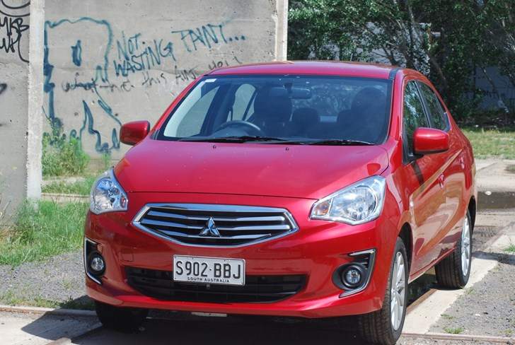 2015 MITSUBISHI MIRAGE 4D SEDAN