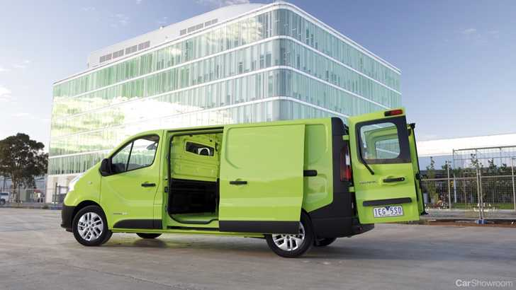 6a6ec9bfce Review - 2015 Renault Trafic Review and First Drive