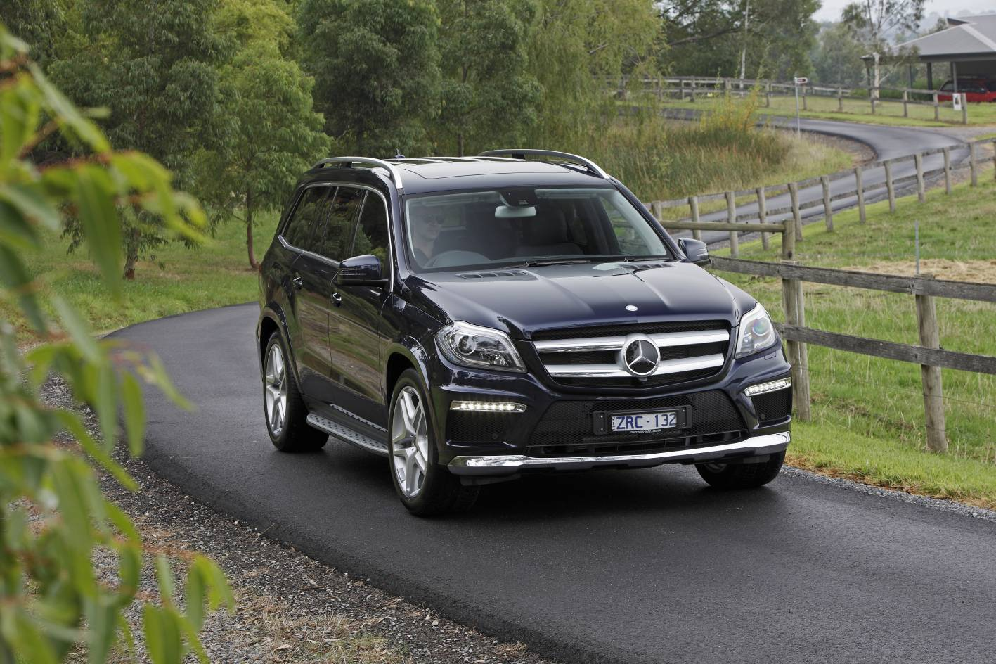 News 2015 mercedes benz updated gl class lineup for 2015 mercedes benz gl