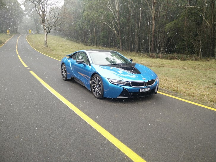 Review 2015 Bmw I8 Review And Road Test