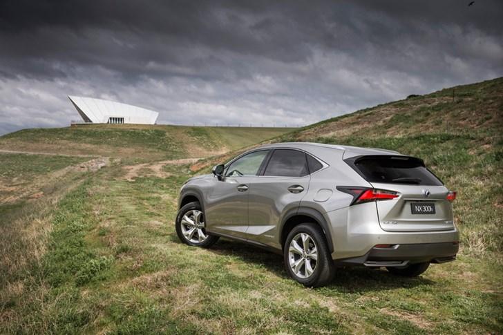 2015 LEXUS NX300H 4D WAGON SPORTS LUXURY HYBRID (AWD)