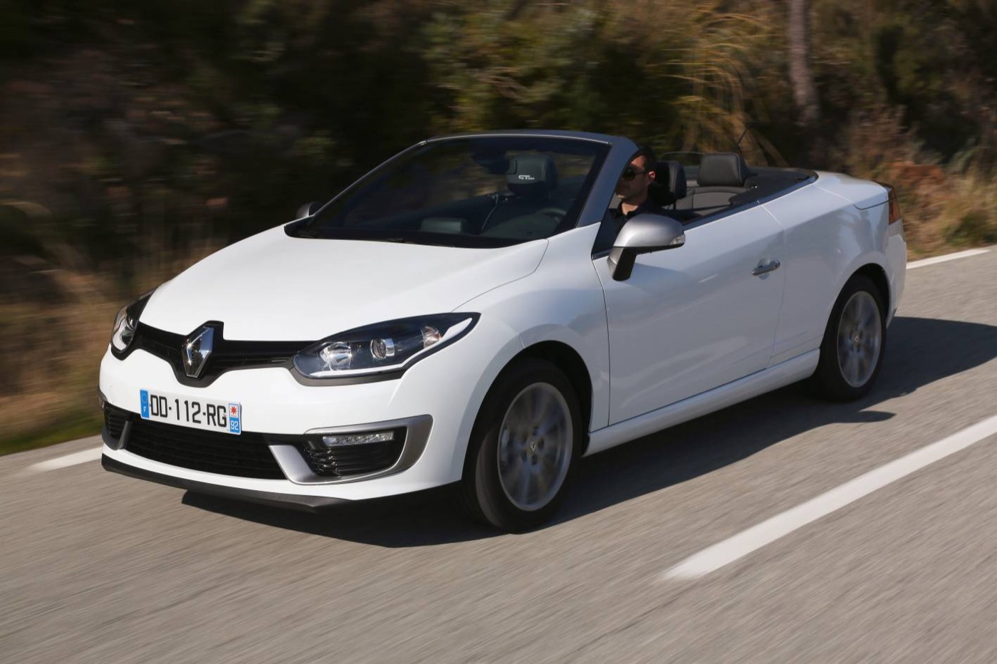 review 2015 renault megane coupe cabriolet gt line review. Black Bedroom Furniture Sets. Home Design Ideas