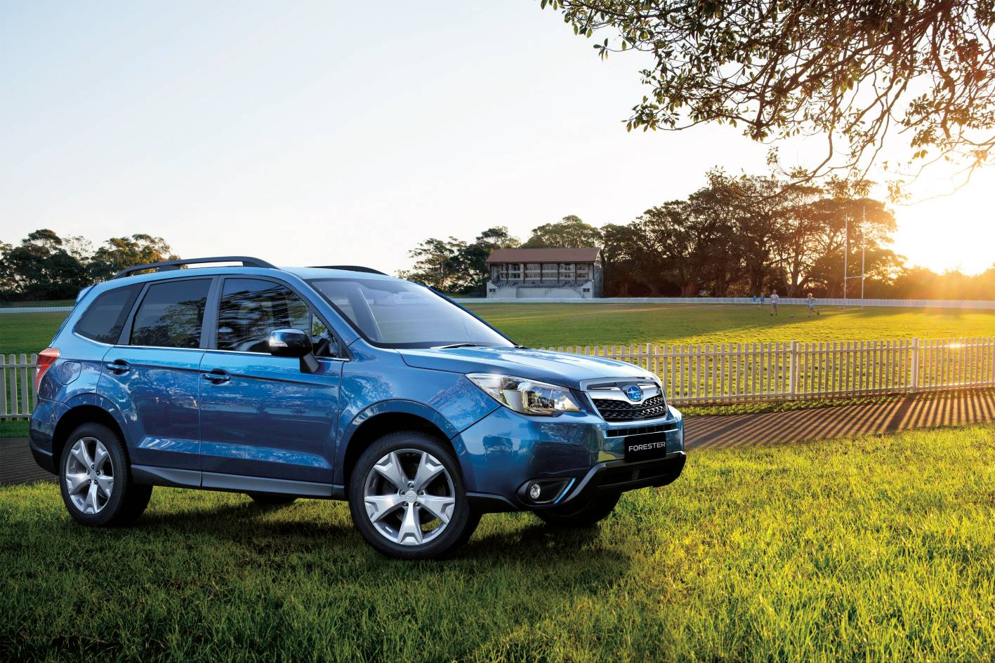 news subaru launches new forester. Black Bedroom Furniture Sets. Home Design Ideas