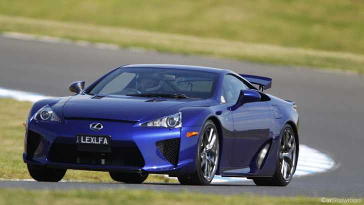 news f1 champion alan jones signs with lexus lfa. Black Bedroom Furniture Sets. Home Design Ideas