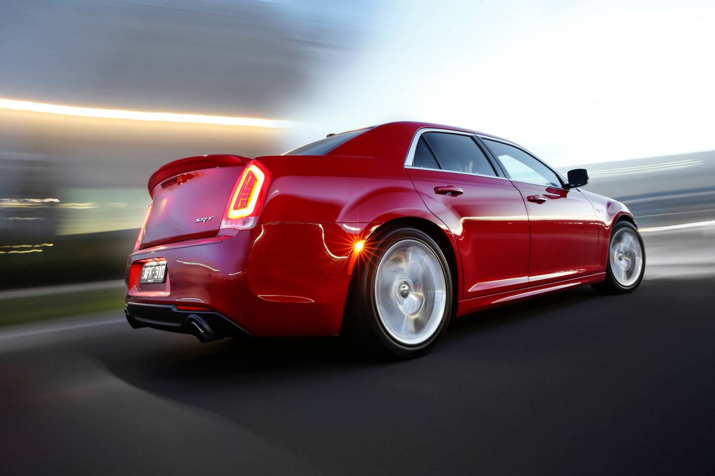 News 2015 Chrysler 300 Srt