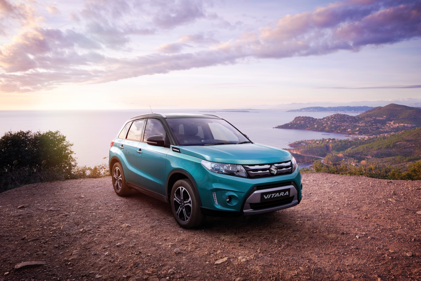 review 2015 suzuki vitara review and first drive. Black Bedroom Furniture Sets. Home Design Ideas
