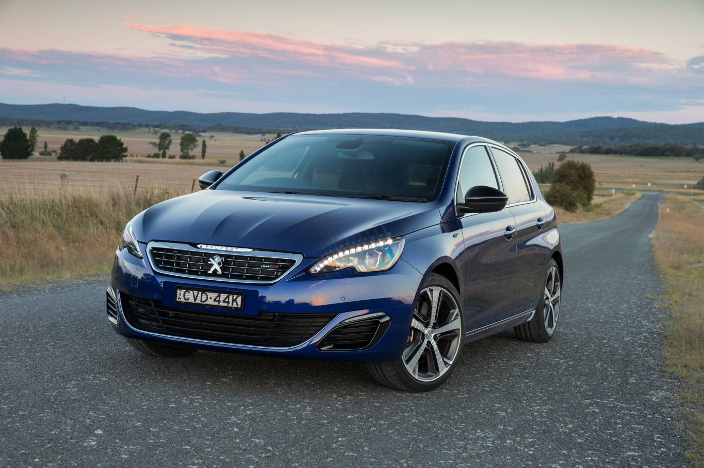 review 2015 peugeot 308 gt review and road test. Black Bedroom Furniture Sets. Home Design Ideas