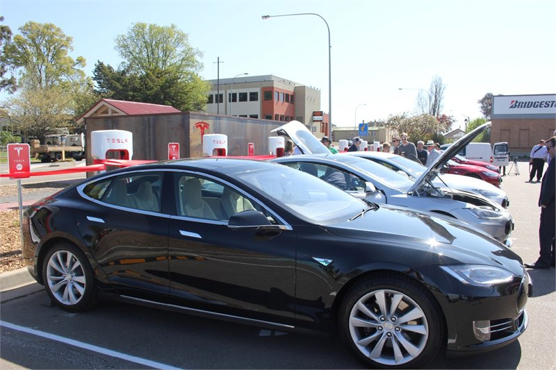 News Tesla Opens New Supercharger Stations