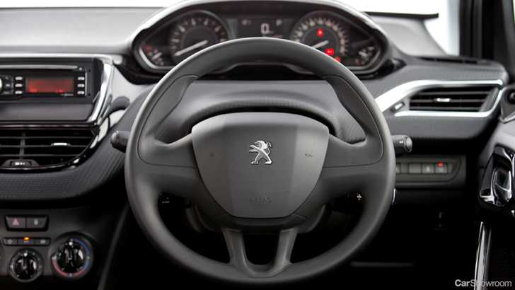 review - 2015 peugeot 208 review & first drive