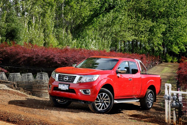 2015 NISSAN NAVARA KING CAB P/UP