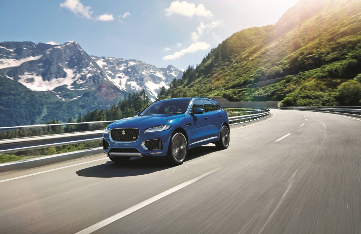 news jaguar f pace australian price and specifications. Black Bedroom Furniture Sets. Home Design Ideas