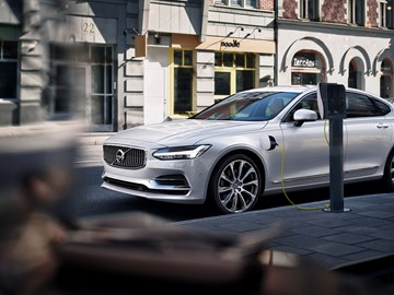 Volvo Wants To Help Establish The USB Of EV Charging