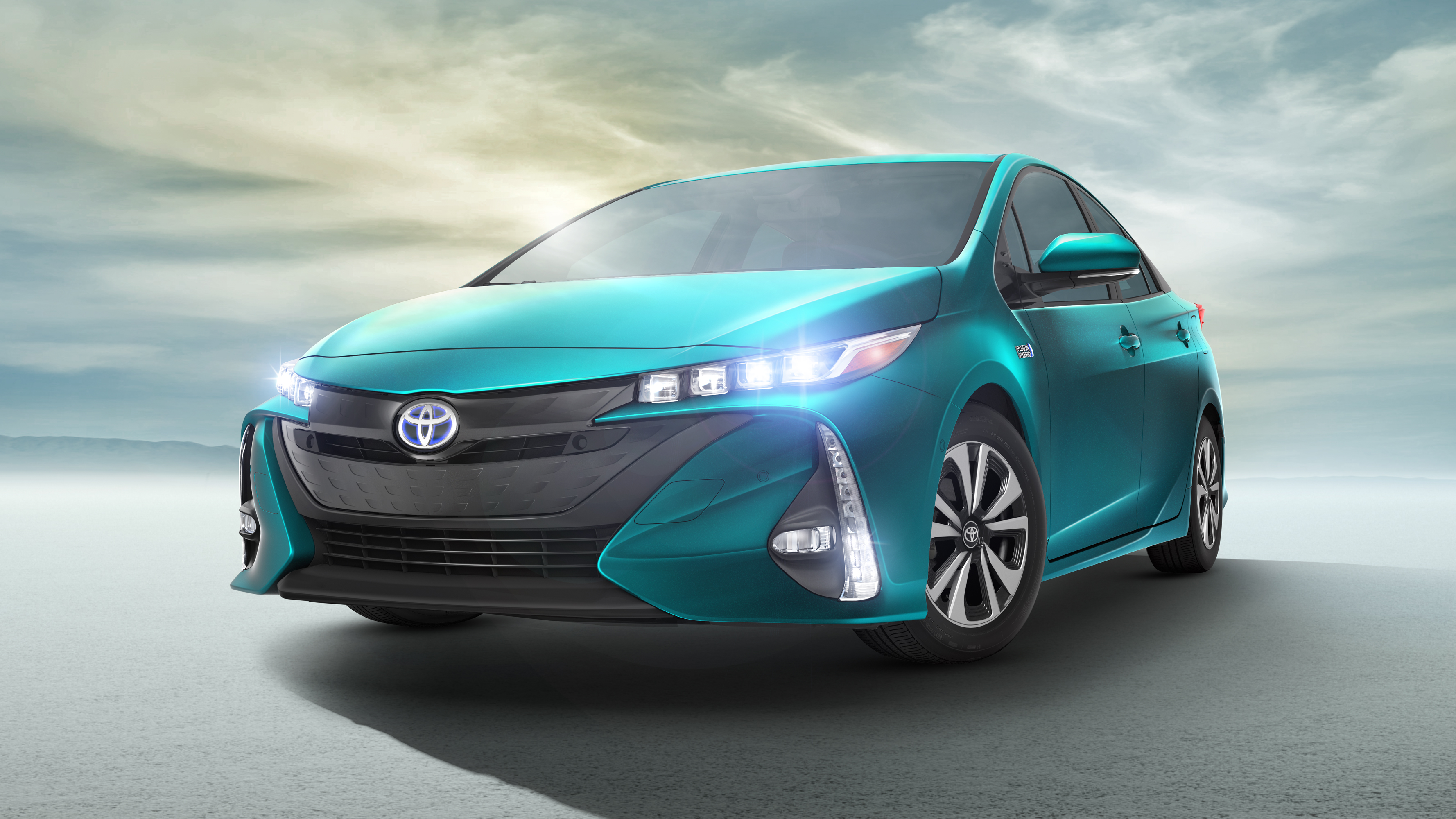 news toyota unveils the prius prime plug in hybrid. Black Bedroom Furniture Sets. Home Design Ideas