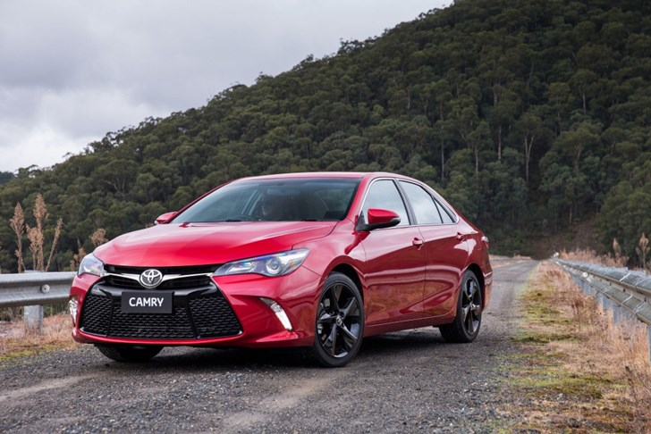 Unique Review  2016 Toyota Camry Atara SX  Full Review Amp Road