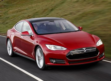 Tesla Model S Could Soon Get 100kWh Battery, Bioweapon Defence Mode