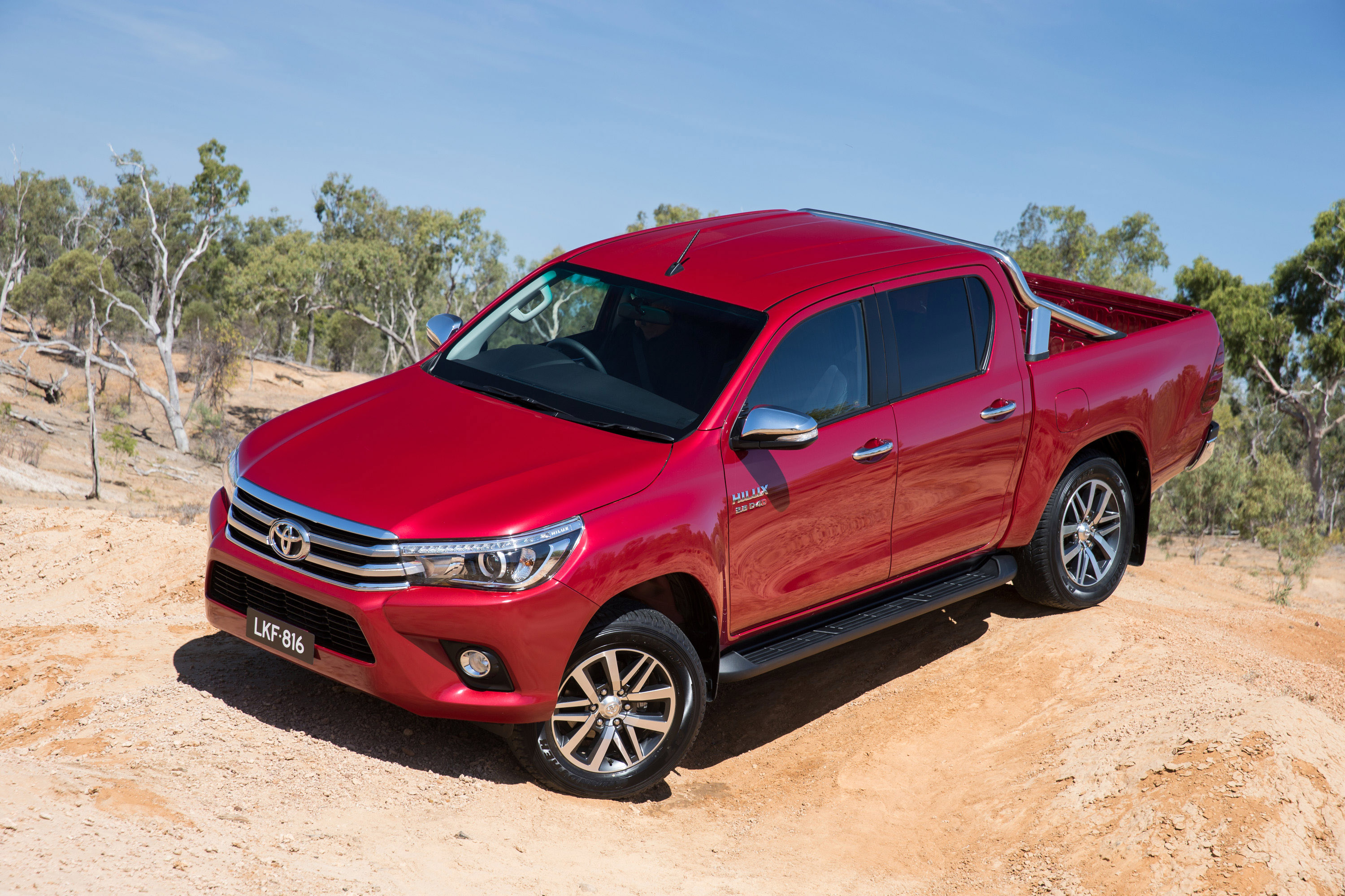 review 2016 toyota hilux sr5 full review. Black Bedroom Furniture Sets. Home Design Ideas