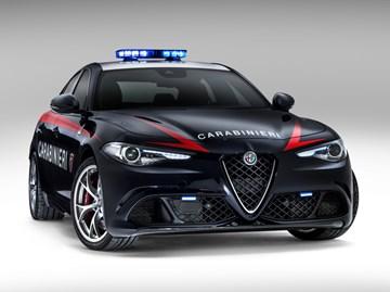 Italian Police Receives 376kW Alfa Romeo Giulia QV Cruiser