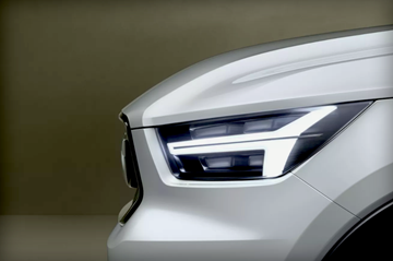 Volvo Teases Two New 40 Series Concepts