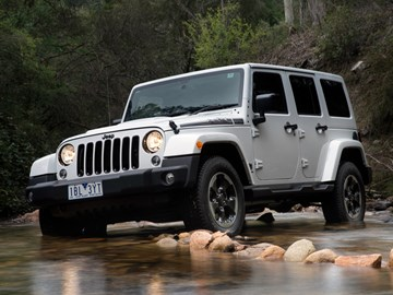 FCA Recalls 500,000 Jeep Wranglers For Airbag Issue