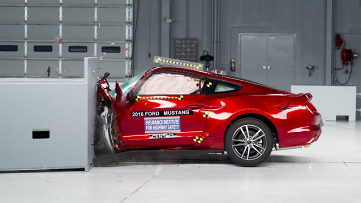 Ford Mustang Misses US Crash Test High Score