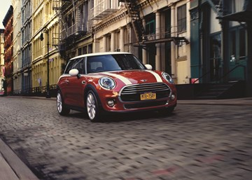 MINI Hatch, 5-Door Gets More Standard Kit