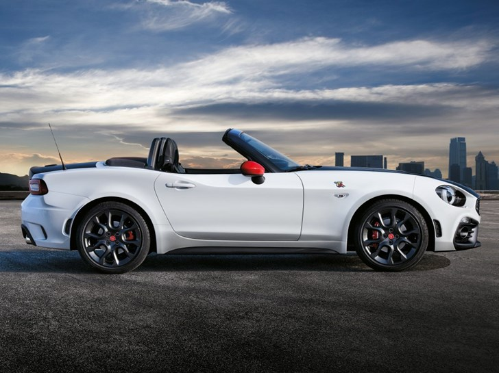 Abarth 124 Spider Edges Nearer