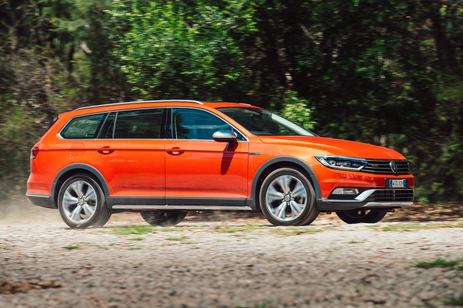 2016 Volkswagen Passat Alltrack - Full Review Thumbnail