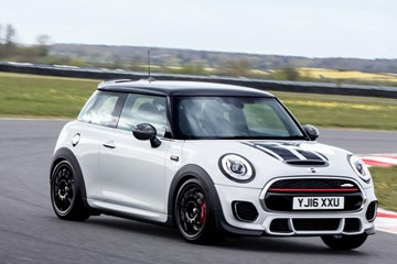 MINI Unveils Track-Focused JCW Challenge