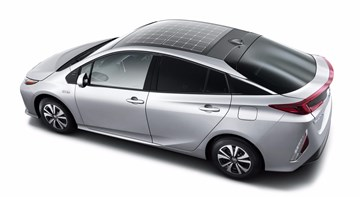 Plug-In Toyota Prius Will Have Solar Panel Roof Option