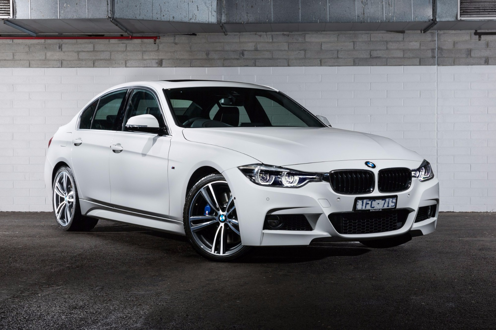 News Bmw Australia Rolls Out 330i 430i Gc 100 Year Editions