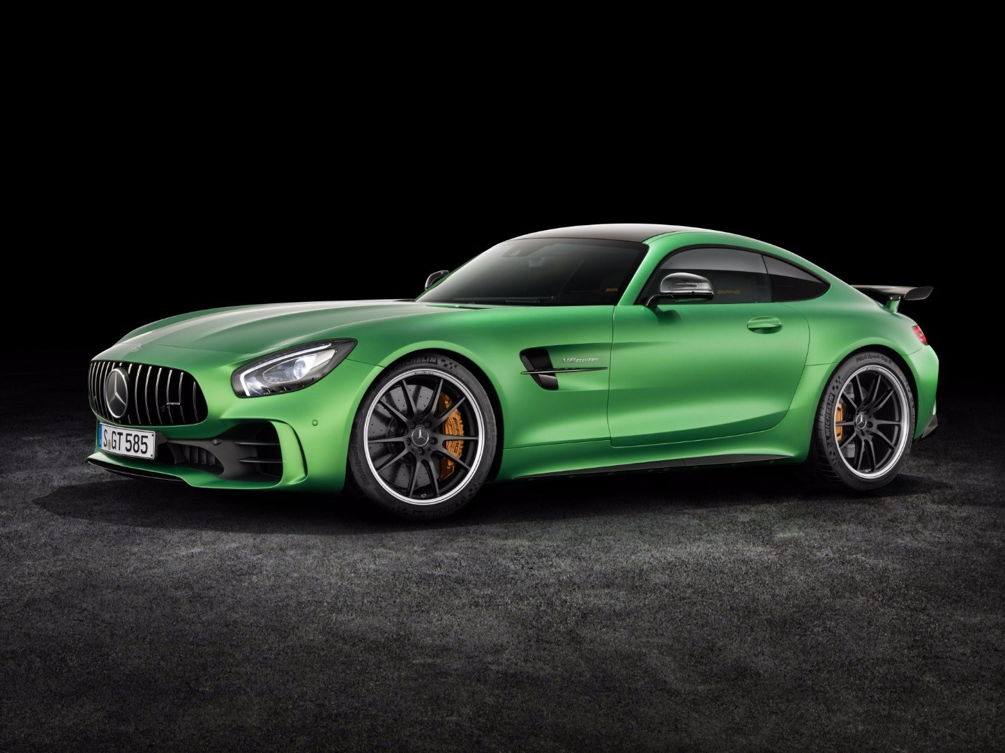 Mercedes-AMG GT R Gets Full Debut At Goodwood Thumbnail