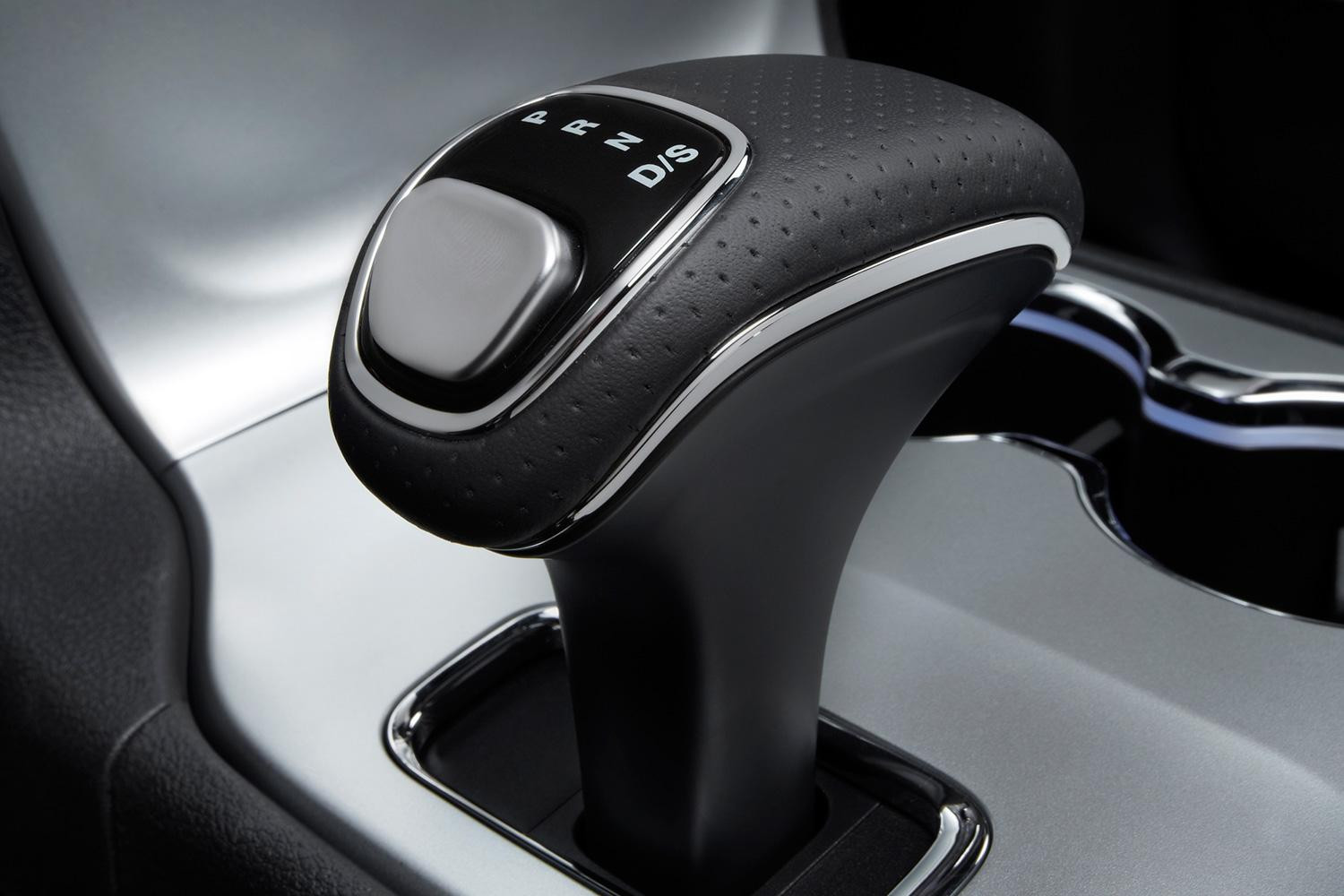 Jeep Grand Cherokee Srt Gear Lever on Range Rover Shifter