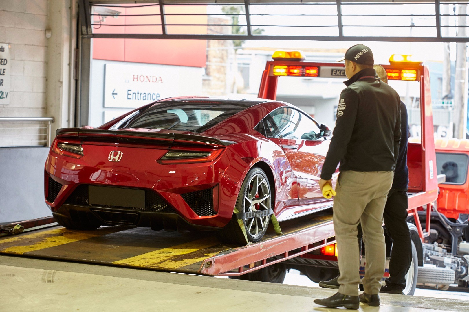 Honda NSX To Be Sold At Five Australian Dealerships Thumbnail