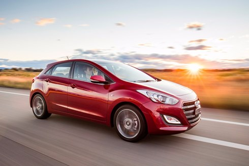 Hyundai Throws More Sporty Kit At i30 SR