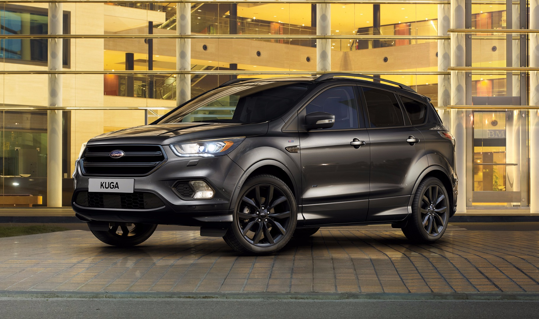 news ford announces sporty new kuga st line. Black Bedroom Furniture Sets. Home Design Ideas