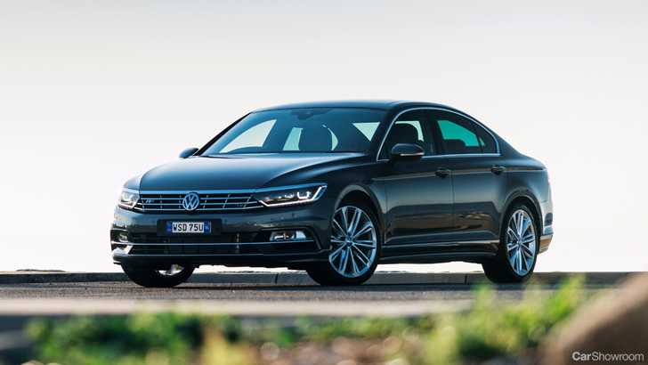news vw 39 s 206kw passat r line fixed for october. Black Bedroom Furniture Sets. Home Design Ideas