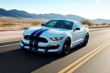 Mustang Shelby GT350 May Get Dual-Clutch Transmission