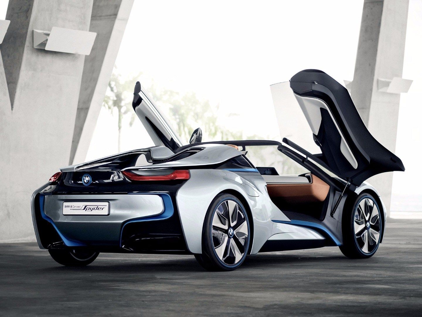 BMW Chief Confirms i8 Spyder For 2018 Arrival Thumbnail