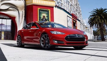 Tesla Model S Outsells S-Class, 7 Series Combined In The US