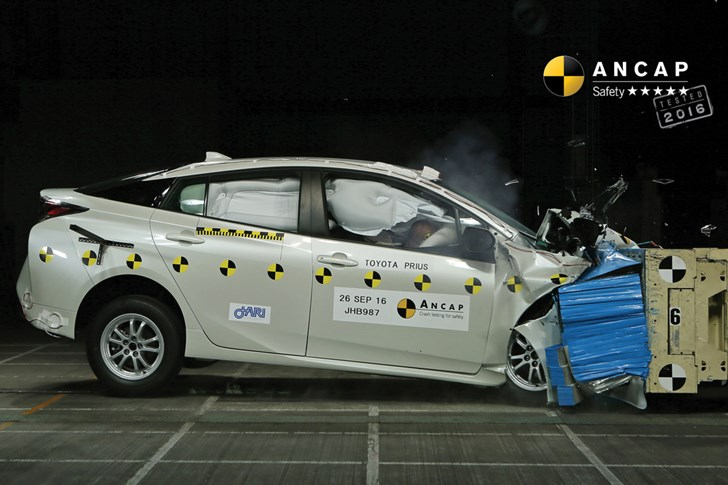 2016 Toyota Prius Scores 5-Stars In ANCAP Safety Tests