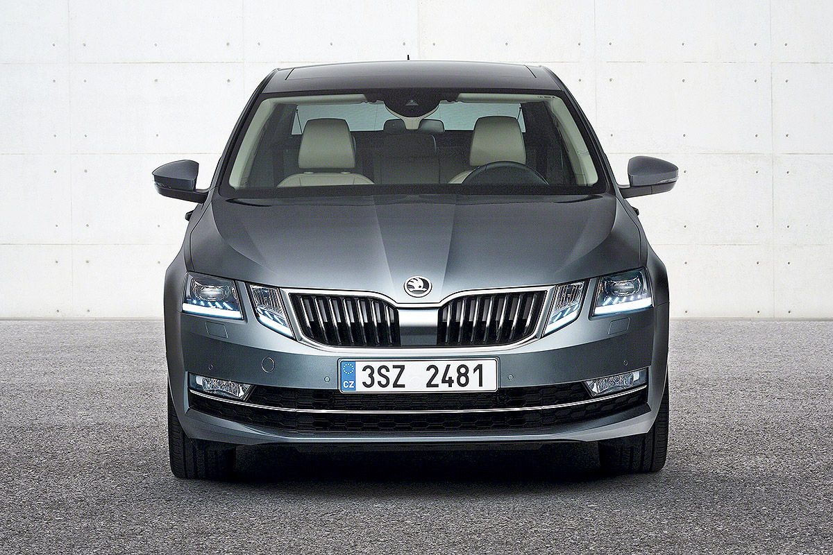 news 2017 skoda octavia facelift breaks cover. Black Bedroom Furniture Sets. Home Design Ideas